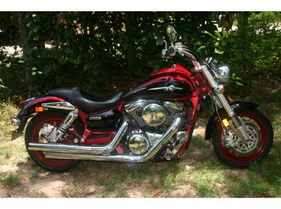 Tribal Black and Red Motorcycle Paint 2006 Kawasaki Vulcan Mean Streak 1600 Limited Edition with Red Rims