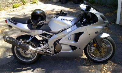 Silver Metallic 2006 Kawasaki ZZR600 - two brothers exhaust black zero gravity tinted windshield, LEDs turn signals (this motorcycle is for example only; please contact seller for pics of the actual bike for sale)