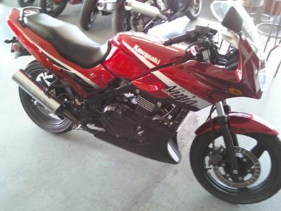 Cherry Red Paint 2006 Kawasaki Ninja EX500