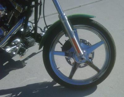2007 Harley Davidson Softail Custom FXSTC Fender and Front Wheel