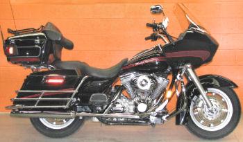 2007 Harley Davidson Road Glide w Vivid Black Paint Color