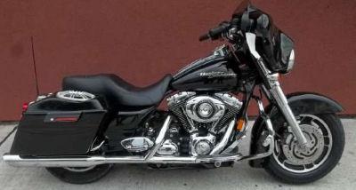 2007 Harley Davidson Street Glide w a Tuxedo Black Paint Color