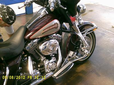 2007 Harley Touring Ultra Glide Classic with cherry red and silver two tone paint color