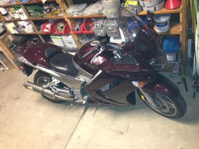 2007 Yamaha FJR1300 w Single Corbin Seat and upgraded Vance Hines Exhaust pipes