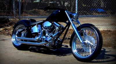 2008 Custom Built Softail Motorcycle w Polished drive line.107 cubic inch motor,6 speed transmission, 3.35 inch belt drive