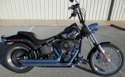 2008 Harley Davidson Night Train w Screaming Eagle stage one air cleaner, Python exhaust, Stealth foot pegs, shift and brake pedal