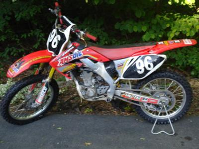 Red 2008 Honda CRF250r