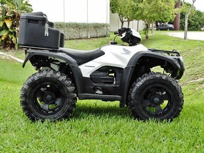 2008 Honda Foreman 500 4x4 in White and Black