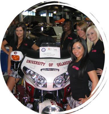 2008 Honda Goldwing Oklahoma Sooners Motorcycle Crimson Football Team