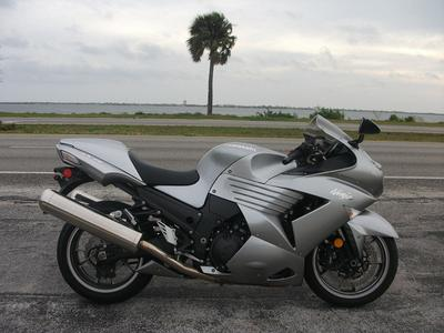 2008 Kawasaki Ninja ZX14 (this photo is for example only; please contact seller for pics of the actual motorcycle for sale in this classified)