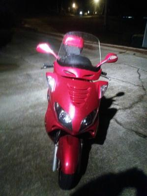 Red 2008 Roketa MC-68A-250 250cc Scooter with automatic transmission