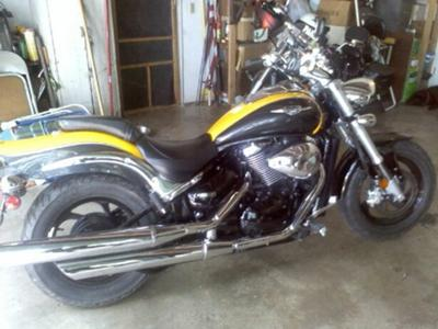 Yellow and Dark Gray Paint 2008 Suzuki Boulevard M50