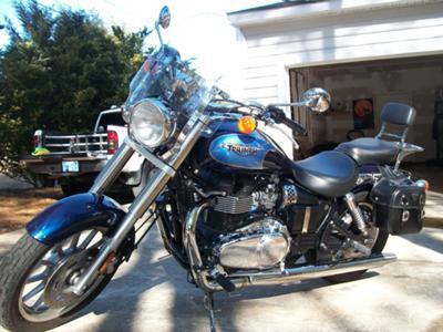 Blue 2009 Triumph America