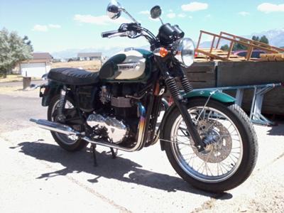 2009 Triumph 900cc T100