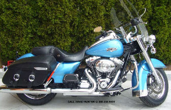 2011 Harley-Davidson Touring Road King Classic FLHRC w Cool Blue Pearl Paint color