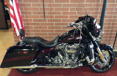 2011 Harley Street Glide For Sale Loaded With Options