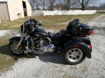 2011 Harley Triglide Ultra Classic Trike Motorcycle for Sale by Owner