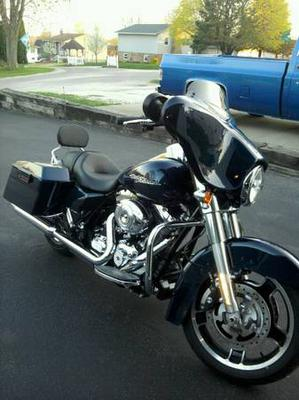 2012 Harley Davidson FLHX Street Glide for Sale by owner in IL Illinois
