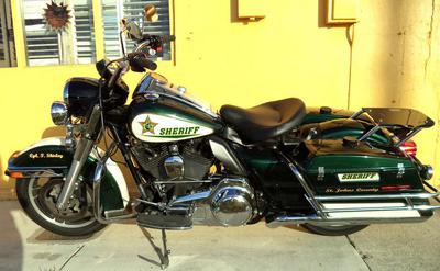 2012 Harley Davidson Touring Motorcycle with a Green and white pearl metallic paint color scheme