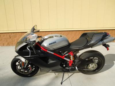 2013 Ducati Superbike 848 Evo Corse SE (this photo is for example only; please contact seller for pics of the actual motorcycle for sale in this classified)