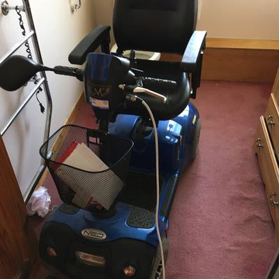 Gently Used Mercury Neo 6 Electric 4 wheels Mobility Scooter for Sale
