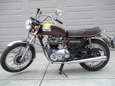 Triumph Bonneville T140E