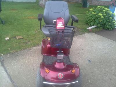 front view of the Used Golden Avenger Mobility Scooter for Sale