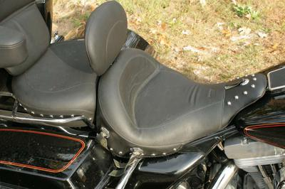 Used Harley Seat for Sale - JUST LIKE NEW