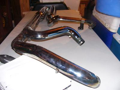 Used Stock Harley Davidson Touring Exhaust Pipes Mufflers for a 2012 Harley Davidson Electra Glide Ultra Classic FLT touring motorcycle 65846-10 FLT 1584 1688 (this photo is for example only; please contact seller for pics of the actual motorcycle parts for sale in this classified)