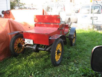 Antique 1903 Oldsmobile Automobile Car w Tiller Steering