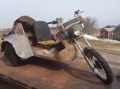 This 1970s VW Trike is cool!
