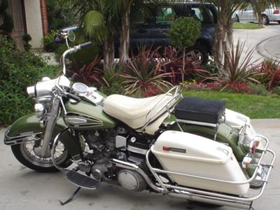 Pearl White and Olive Green 1971 Harley Davidson Electra Glide