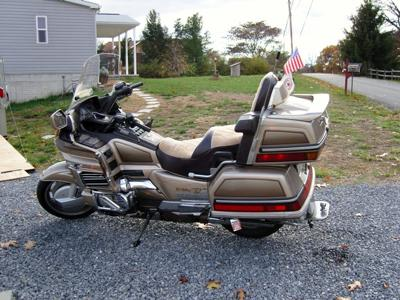1988 Honda Goldwing Gl1500 with Custom Motorcycle Paint by Scarecrow