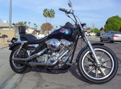 1994 Harley Davidson FXR touring motorcycle (this photo is for example only; please contact seller for pics of the actual motorcycle for sale in this classified)