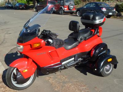 Custom 1996 Honda Pacific Coast Trike Modified Convertible Three Wheel Motorcycle