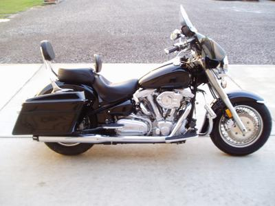 2000 Yamaha Road Star XV1600 with many attractive and desirable mods