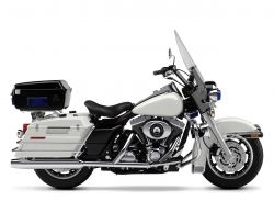 2001 Harley Davidson Road King Police Edition Intruder (this photo is for example only; please contact seller for pics of the actual motorcycle for sale in this classified)