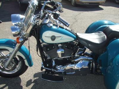 SWEET LEFT SIDE VIEW of the 2001 CUSTOM HARLEY DAVIDSON SOFTAIL FATBOY TRIKE