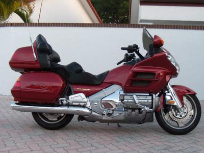 Illusion Red 2002 Honda Goldwing GL1800  GL 1800 for sale by owner