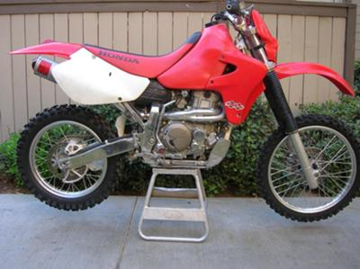 2002 HONDA XR650R Red and White Motorcycle (Similar to the one for sale in the ad)