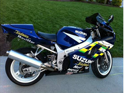 BLUE SUZUKI GSX-R600  2003 SUZUKI GSXR 600