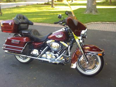 Antique red 2003 Harley Davidson Electra Glide Classic