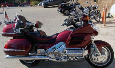 2004 GL1800 Goldwing with ABS and Black Cherry Metallic Paint Color Option