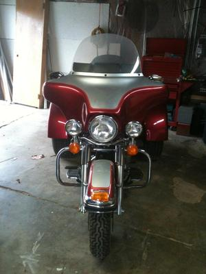 2004 Harley Classic Lehman Trike Three Wheeler Motorcycle w Inferno Red Paint Color