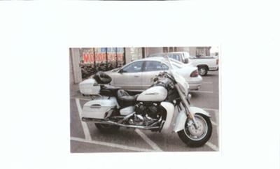 PEARL WHITE 2004 YAMAHA VENTURE