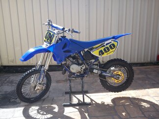 Blue 2004 Yamaha YZ85 Dirt Bike