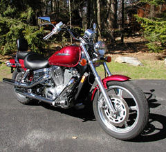 Red 2005 Honda Shadow Spirit VT 1100