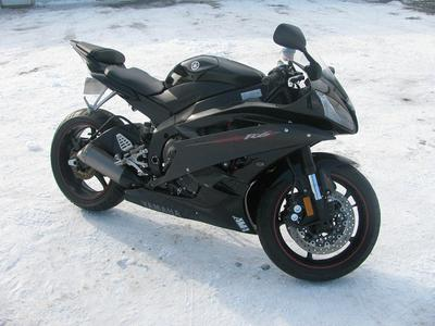 2006 Yamaha YZF-R (this photo is for example only; please contact seller for pics of the actual motorcycle for sale in this classified)