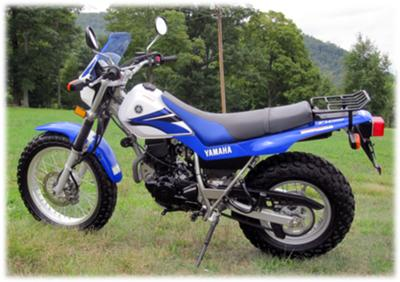 2007 Yamaha TW200 Dual Sport Blue/White/Black Yamaha TW200 Enduro Trailway Dual Purpose On and Off Road, Trail Bike, 4 stroke 200cc, motorcycle with 5 speed