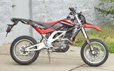 2008 Aprilia SXV 550 Dirt Bike (example only)